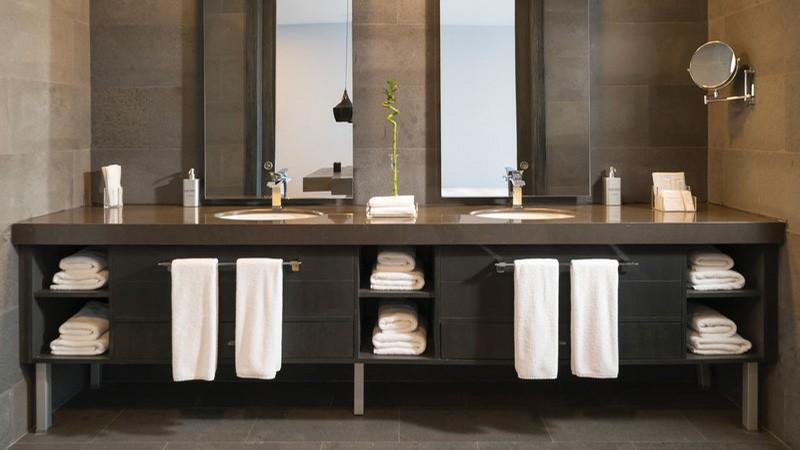 עיצוב מראות בשירותים